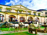 Pałac na Wodzie Augustów dorożka